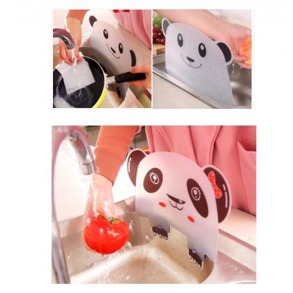 White Panda Kitchen Sink Flap Creative Cartoon Pattern Suction Cup Sink Splash Oil Proof Partition